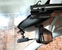 Самые надежные видеорегистраторы с двумя камерами и датчиком — ТОП 10-ти по отзывам покупателей