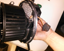 Причины неисправностей, ремонт и замена мотора отопителя в Пассате