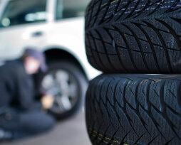 Деформация колеса на автомобиле восьмеркой – почему появляется и как устранить