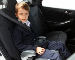 Со скольки лет можно перевозить ребенка на бустере, правила перевозки в 2021
