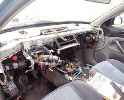 Признаки изношенности и замена радиатора печки в VW Passat B5