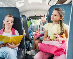 Как перевозить детей в школьном автобусе: правила и требования