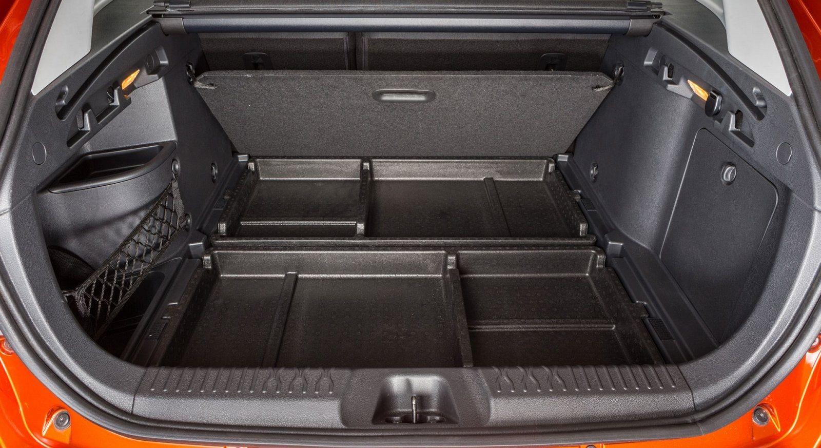Багажник в Весте СВ Кросс