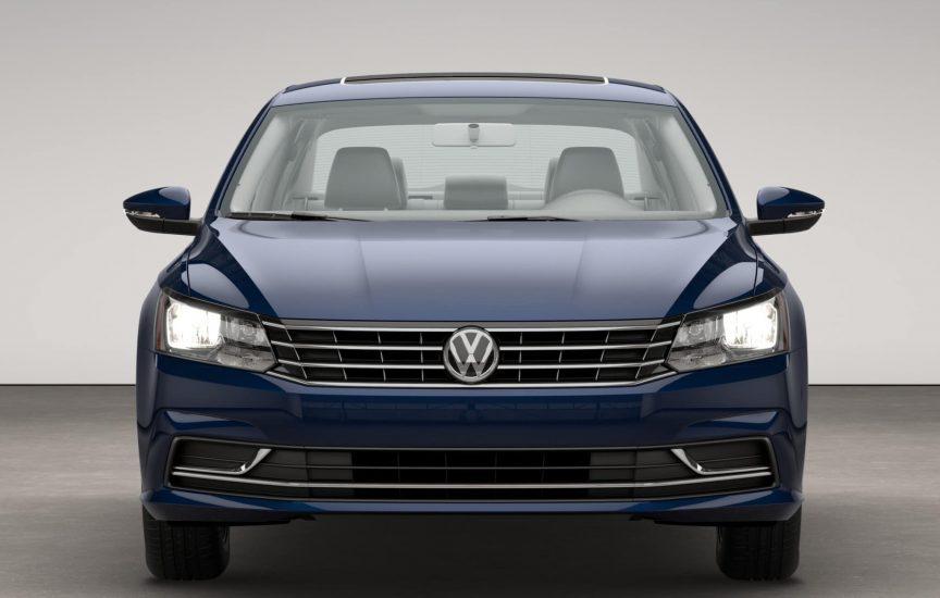 Решетка радиатора Volkswagen Passat