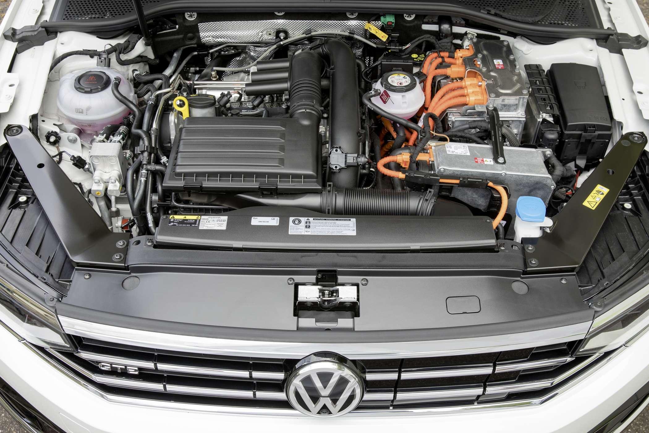 VW Passat троит: что делать?