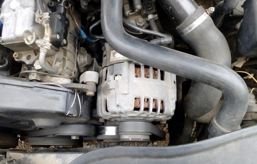 генератор пассат б5 под капотом