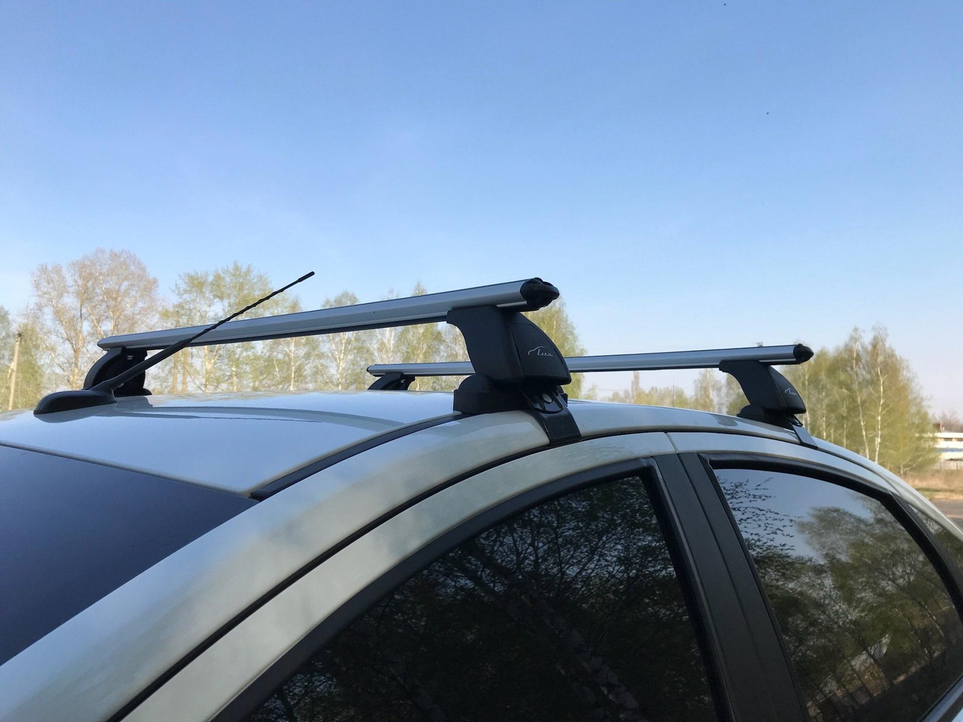 Багажник на крышу Лады Весты седан LUX Air Аэро