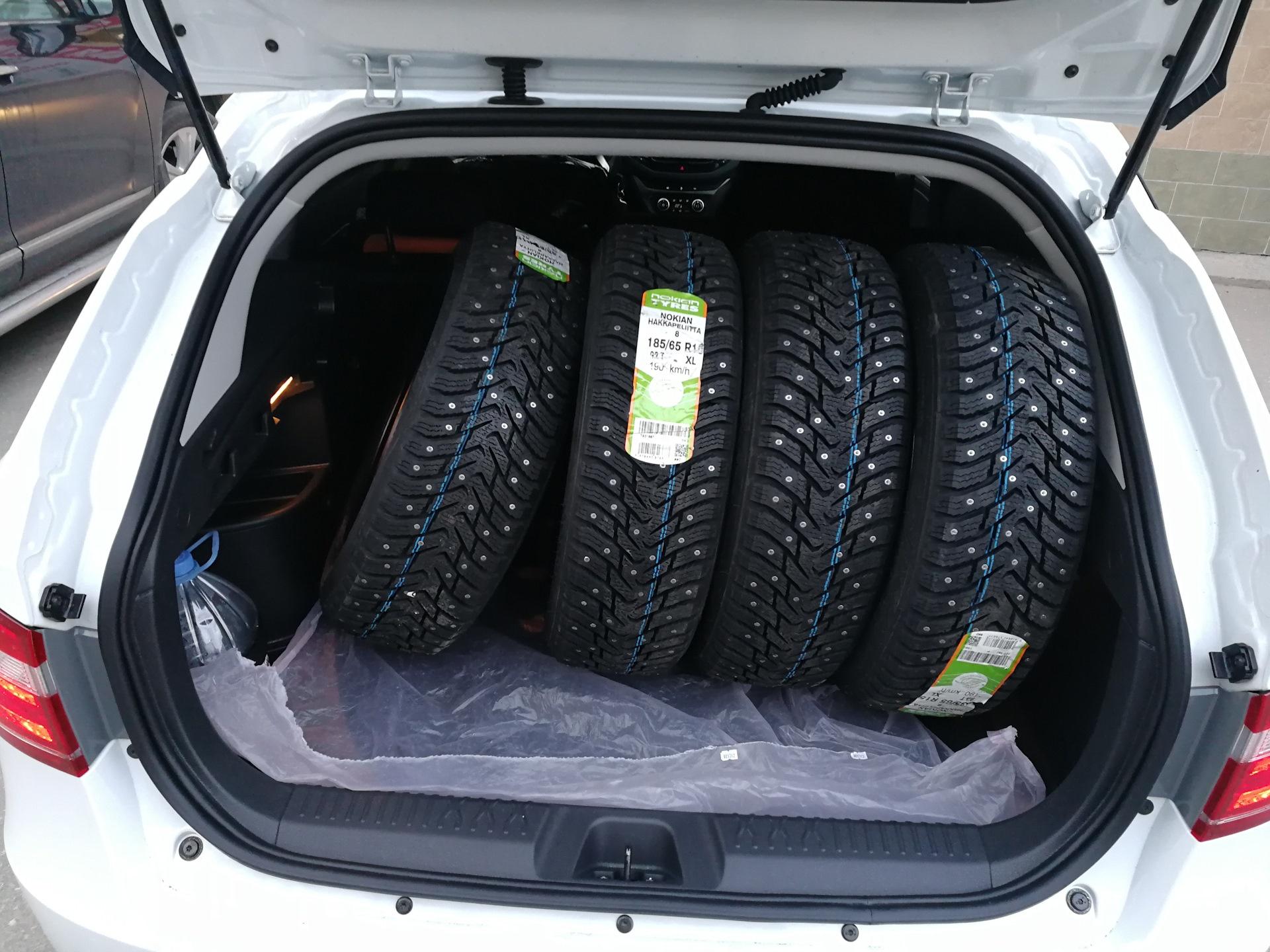 4 колеса в багажнике