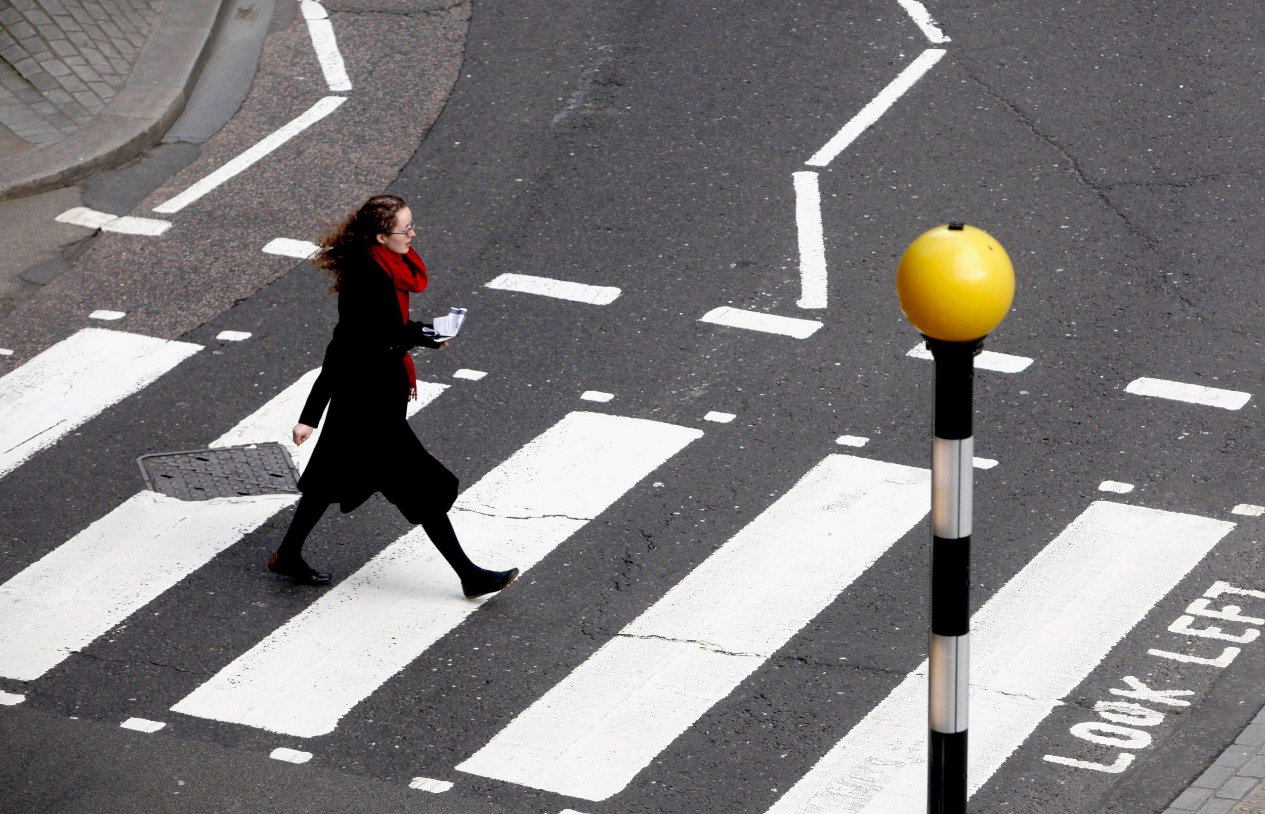 Преимущественное право пешехода на дороге