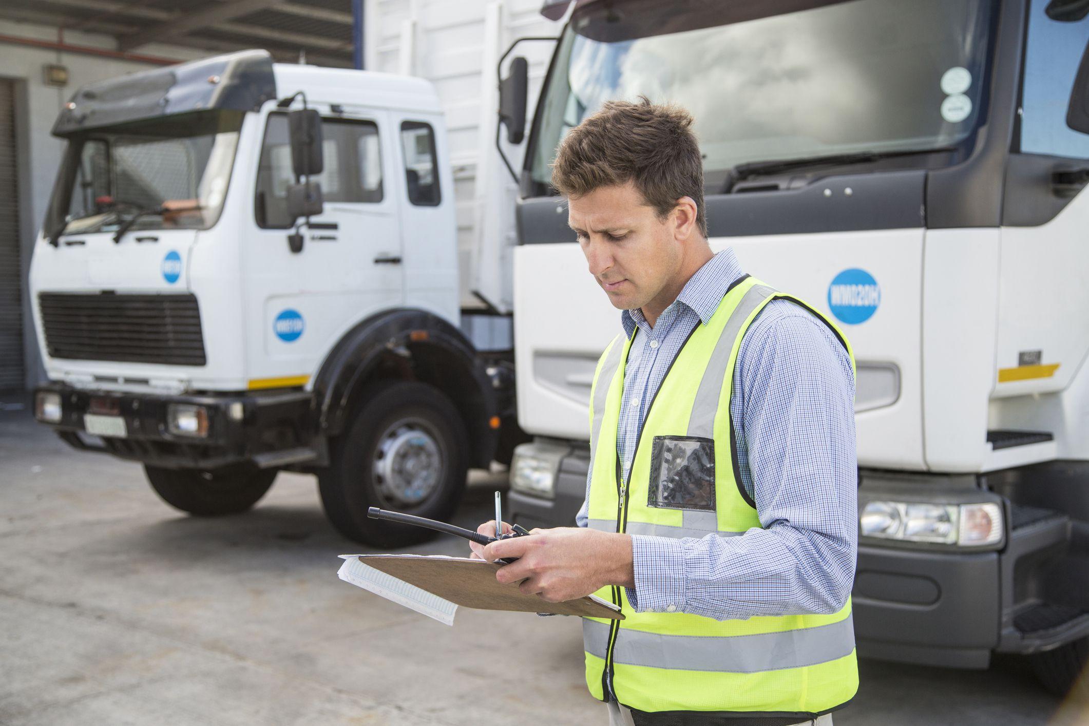 Проверка документов у водителя грузового ТС