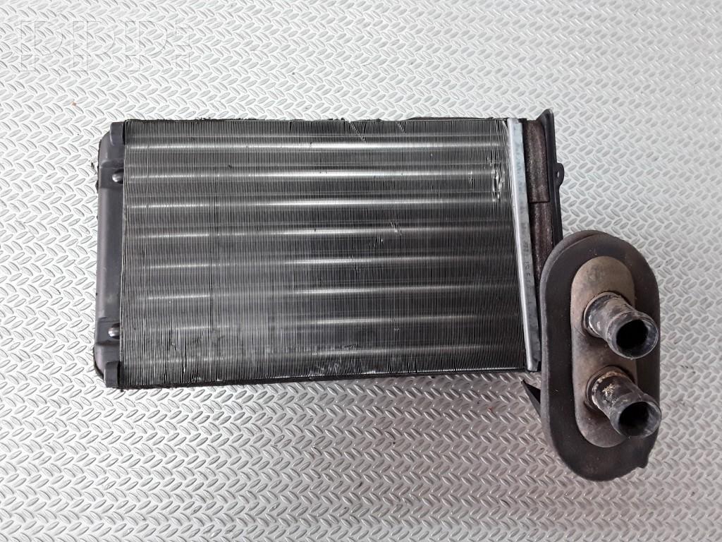 Радиатор печки на VW Passat