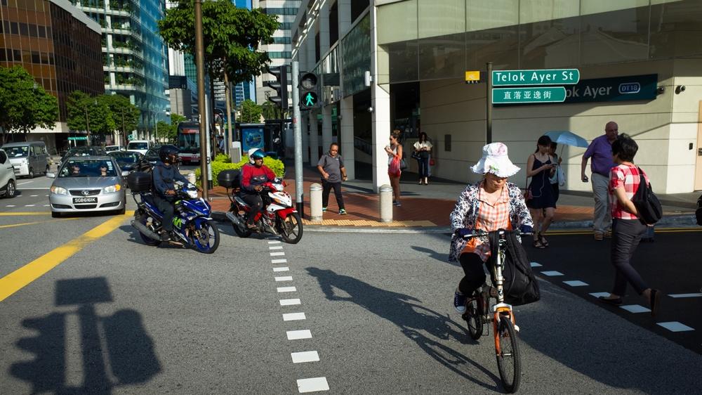 Все участники дорожного движения обязаны соблюдать ПДД