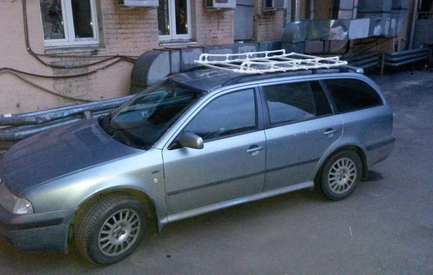 Багажник на крышу автомобиля из пластиковых труб своими руками