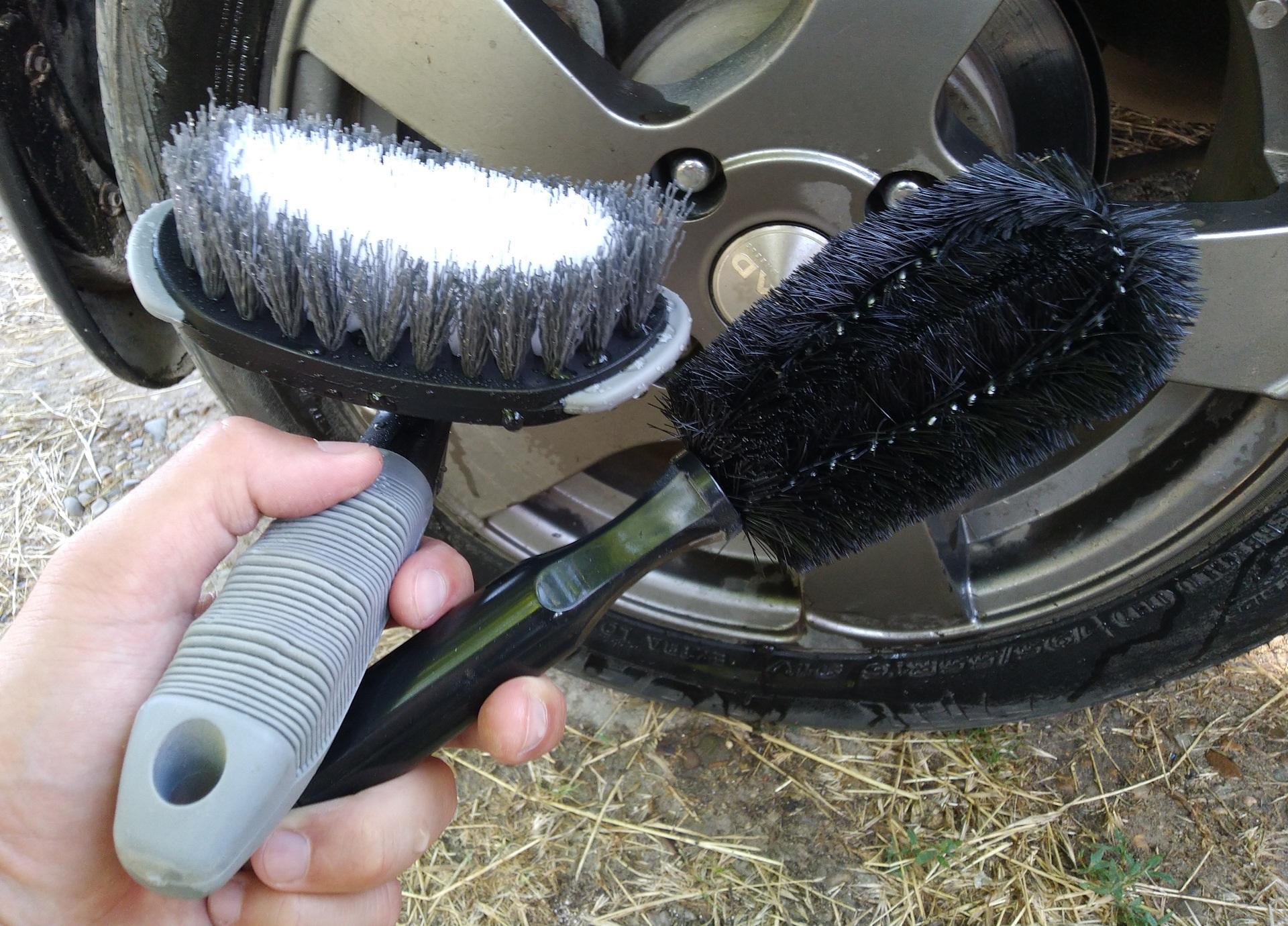 Бескаркасные щетки для авто