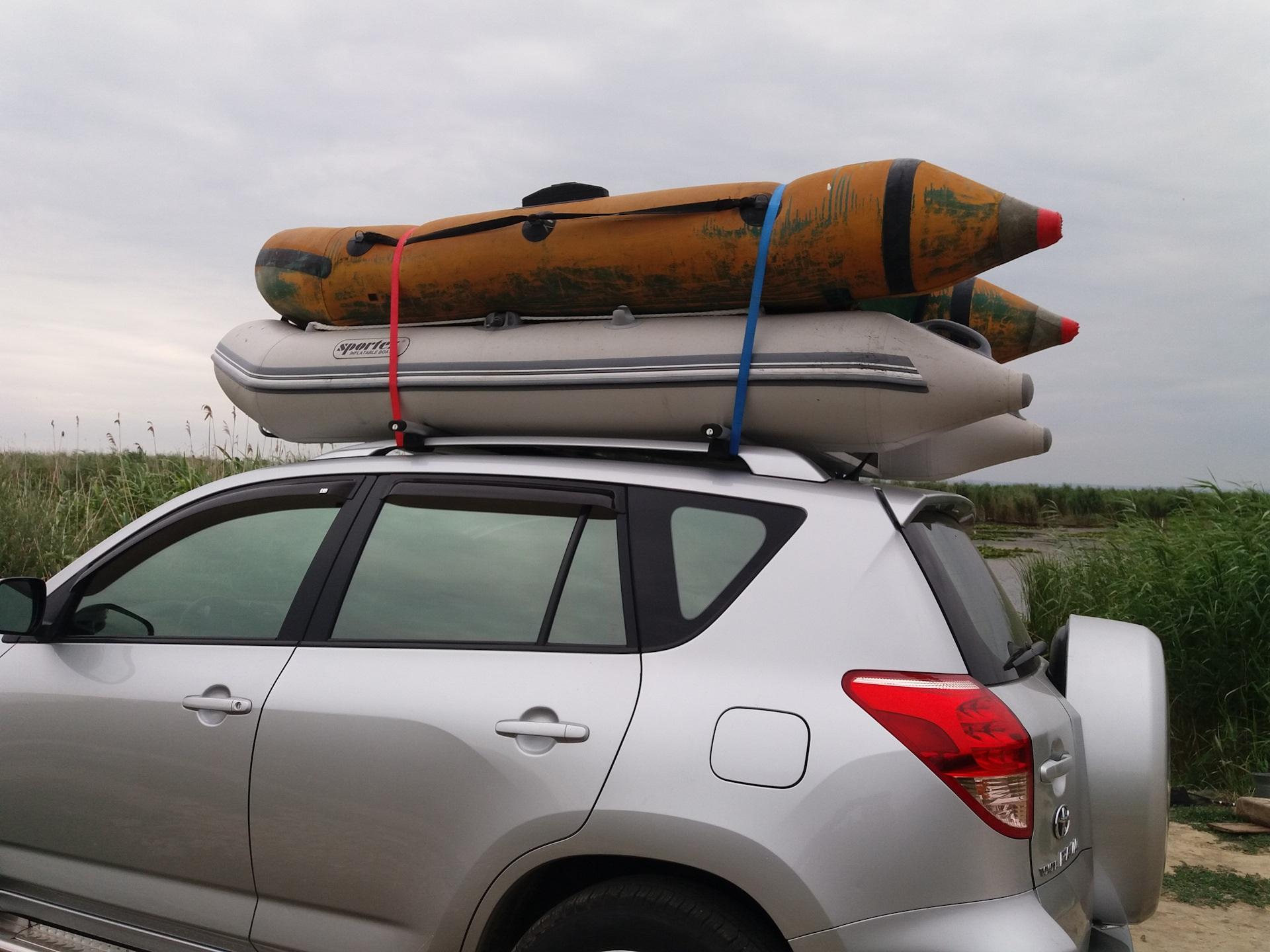 Лодка на багажнике автомобиля