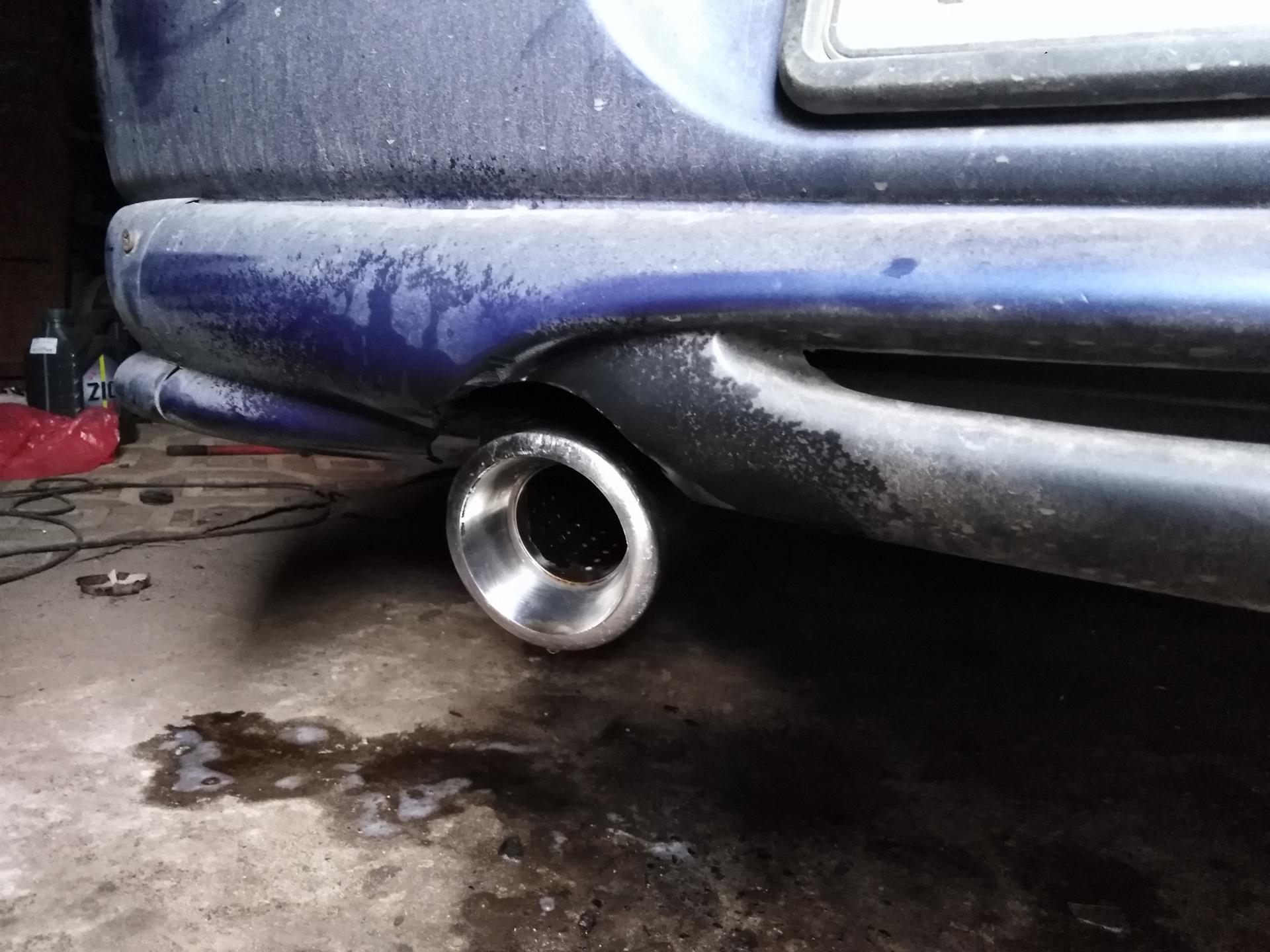 прочистка глушителя автомобиля