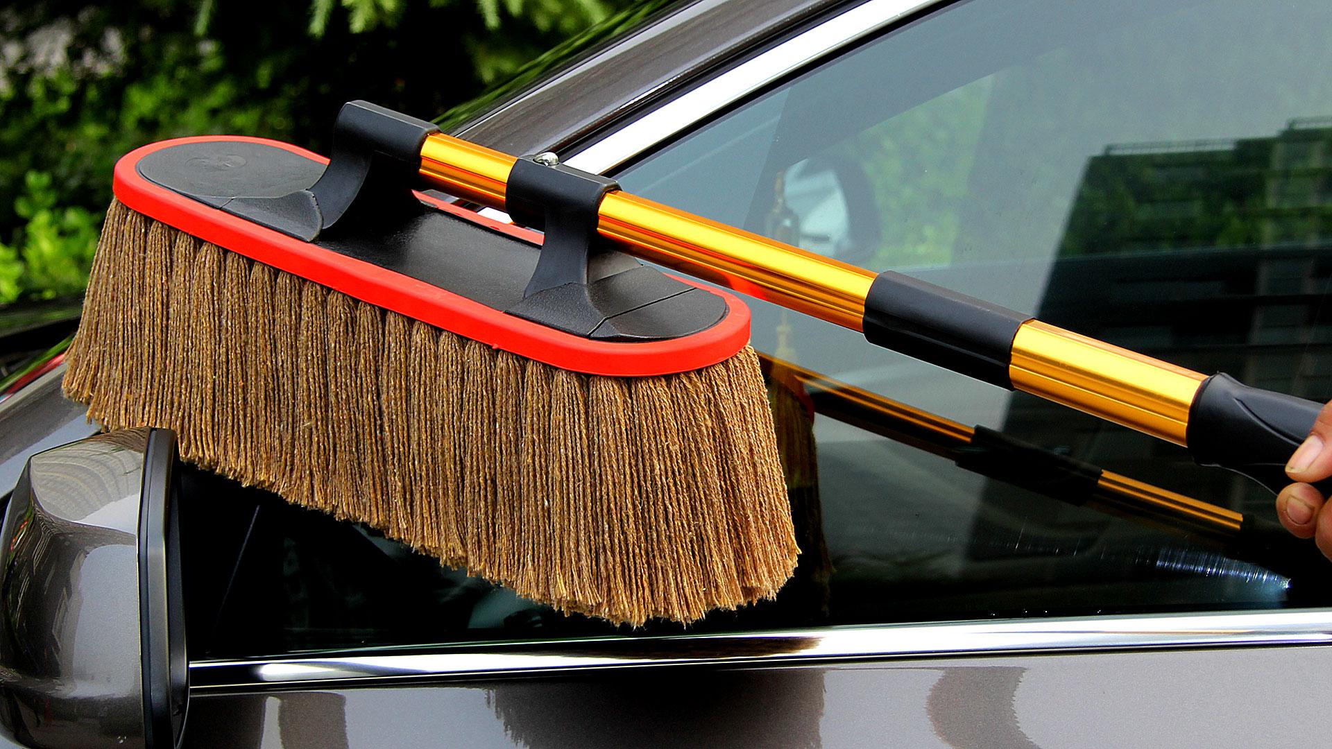 Щетка для машины от пыли