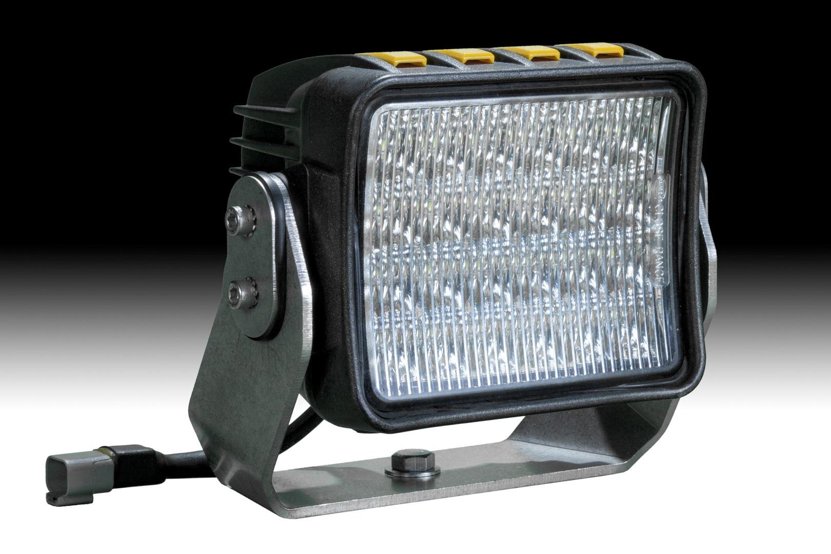 Светодиодный прожектор Hella AS 5000LED