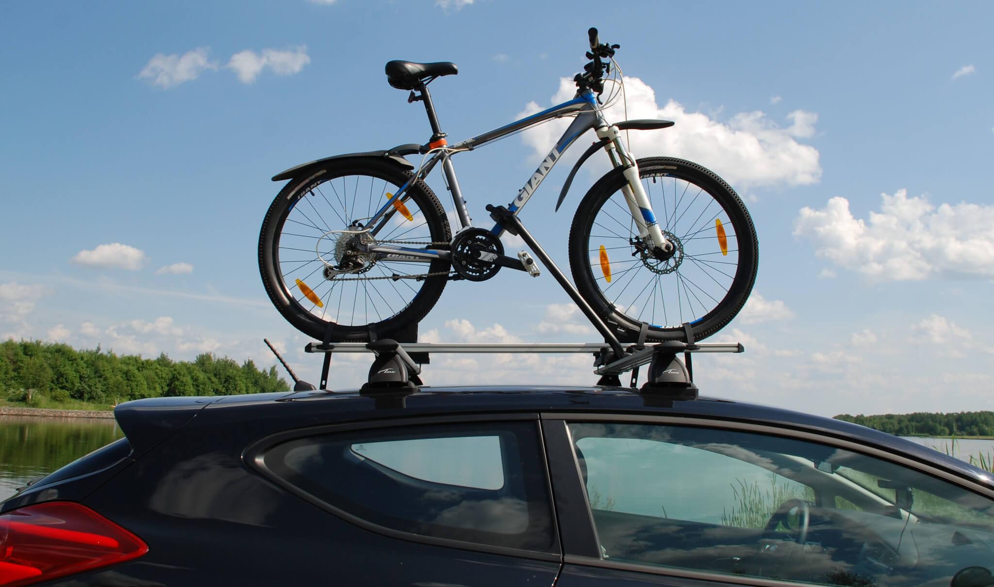 велосипедный багажник на крышу автомобиля