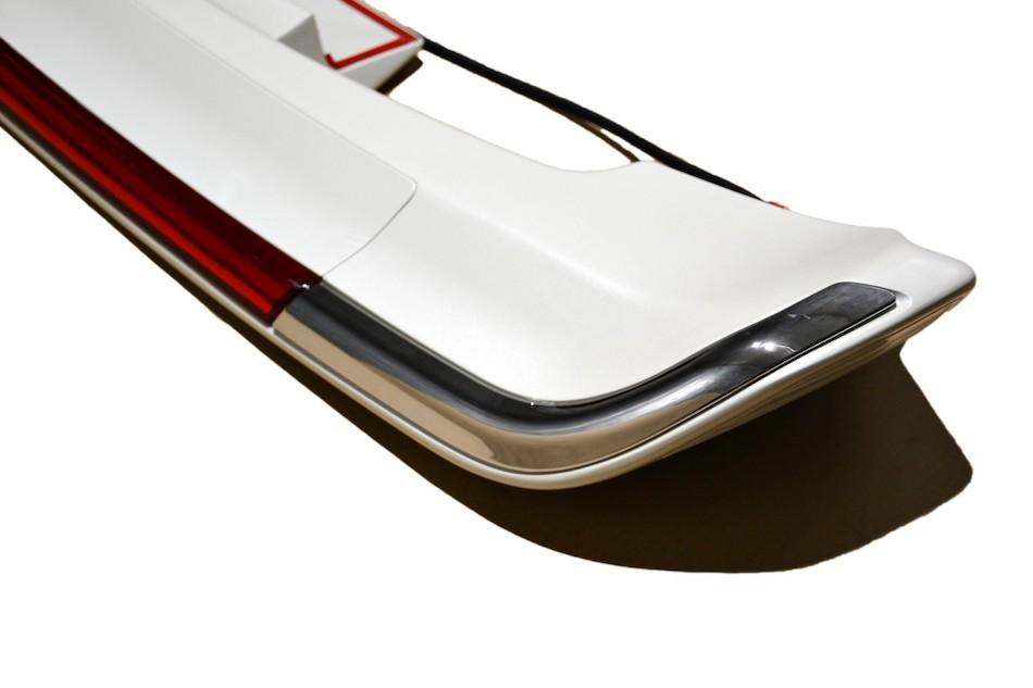 спойлер на крышку багажника Land Cruiser 200 07-19
