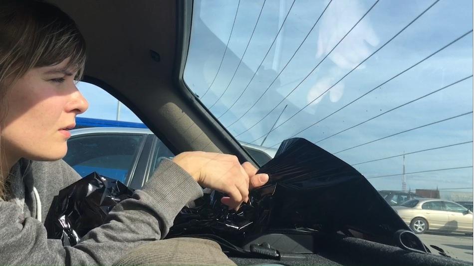 снятие пленки с заднего стекла