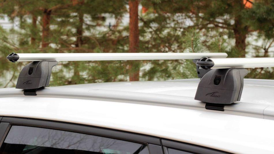 багажник LUX на интегрированные (низкие) рейлинги Audi Q3