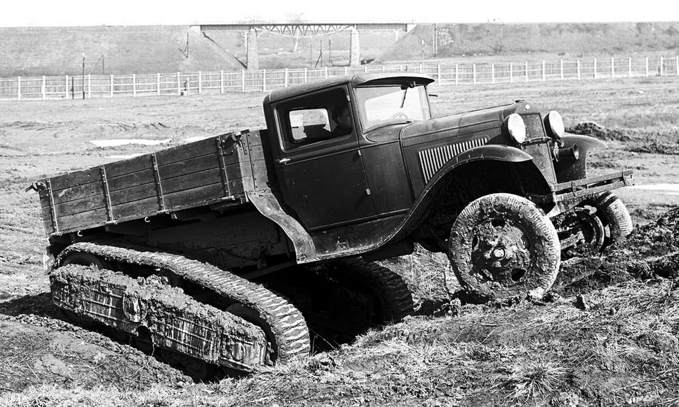 Грузовик-тягач ГАЗ-60