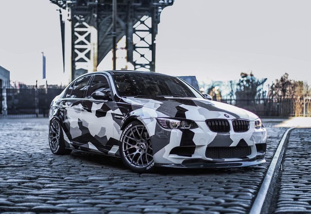 Камуфляж на автомобиле BMW