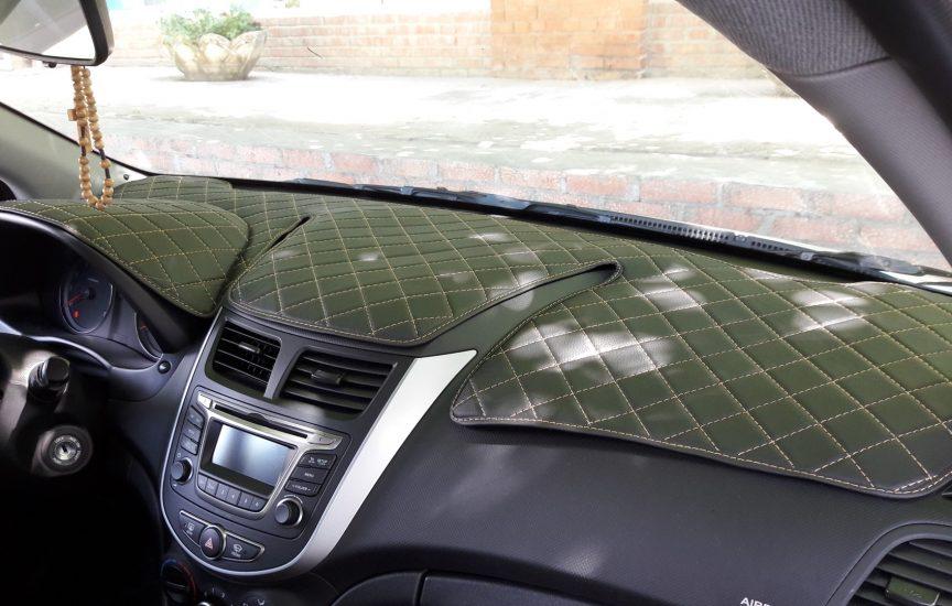 Накидка на панель авто