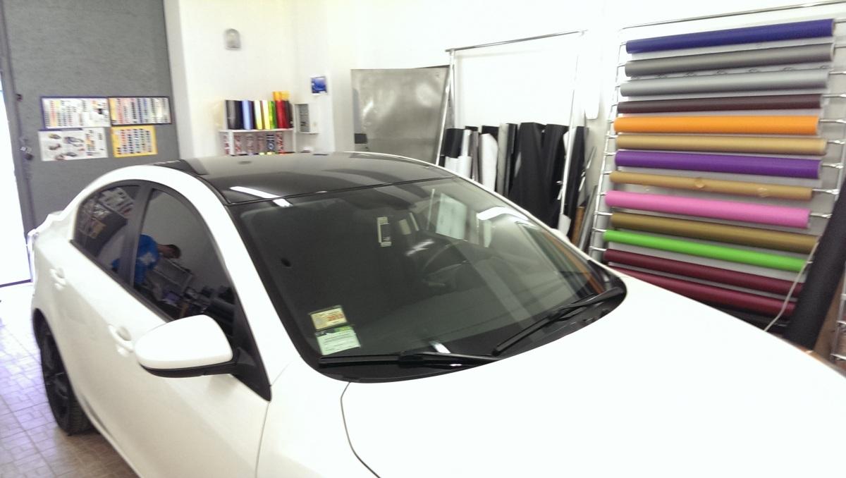 Оклейка пленкой автомобиля Mazda 3