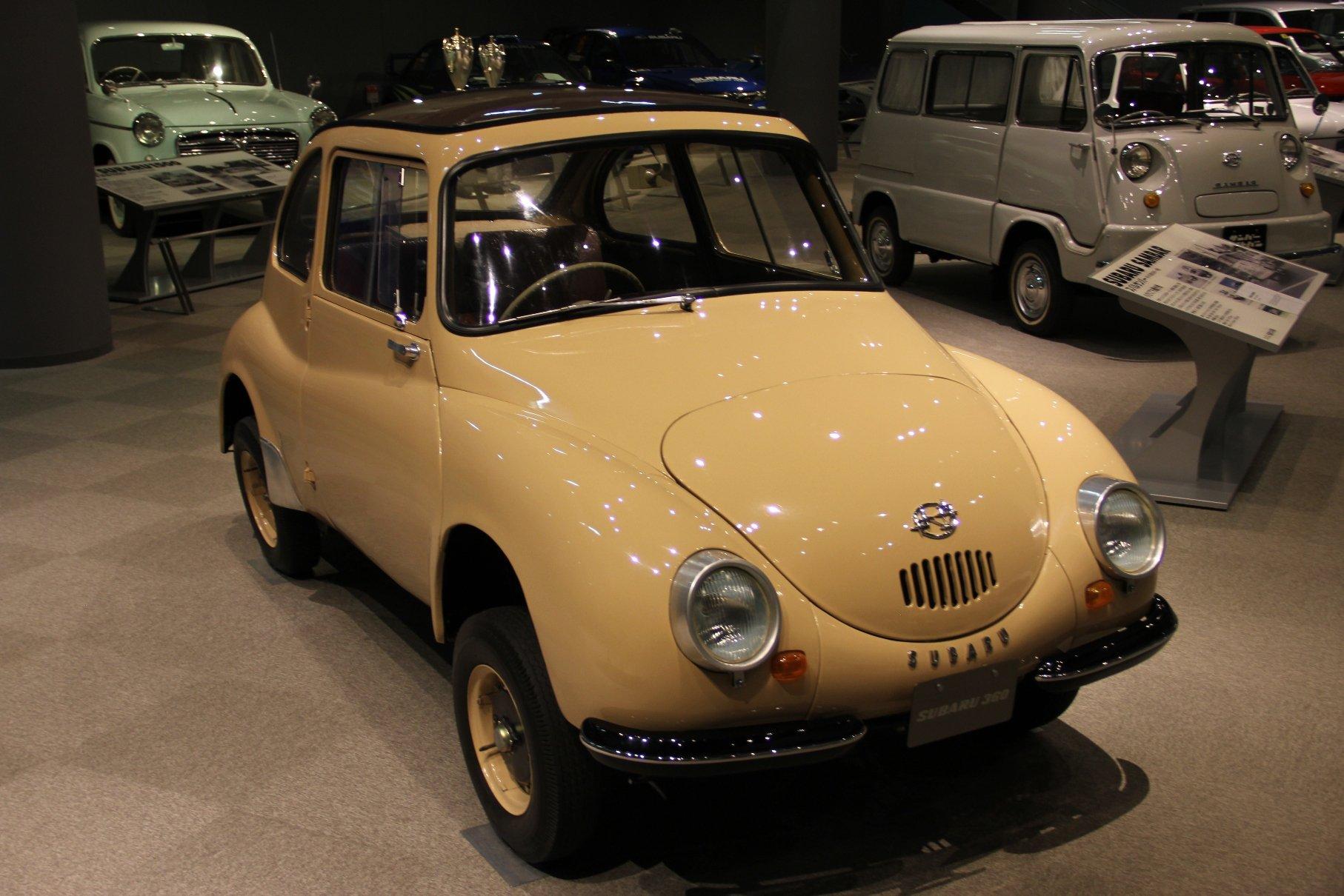"""Первые автомобили """"Subaru"""" 1950 г."""