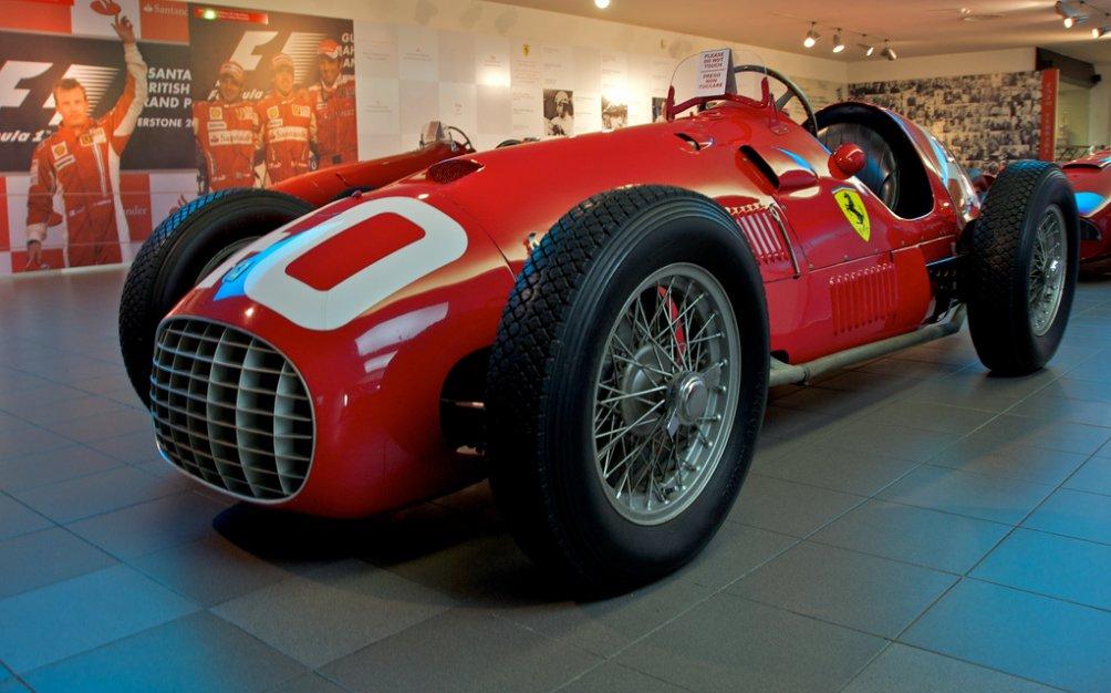 Первый автомобиль бренда – Ferrari 125