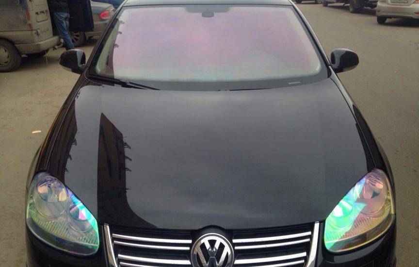 Плёнка хамелеон на авто на лобовое стекло