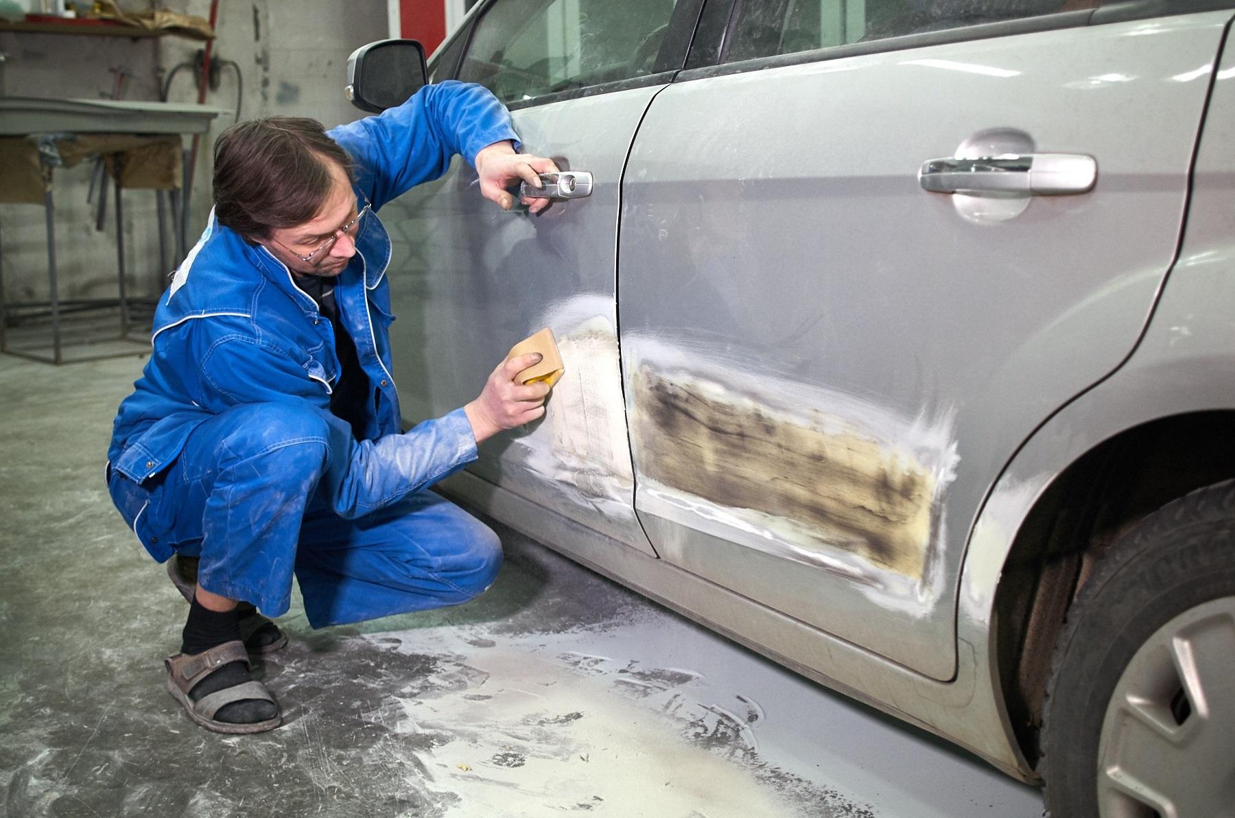 Подготовка авто к оклейке винилом