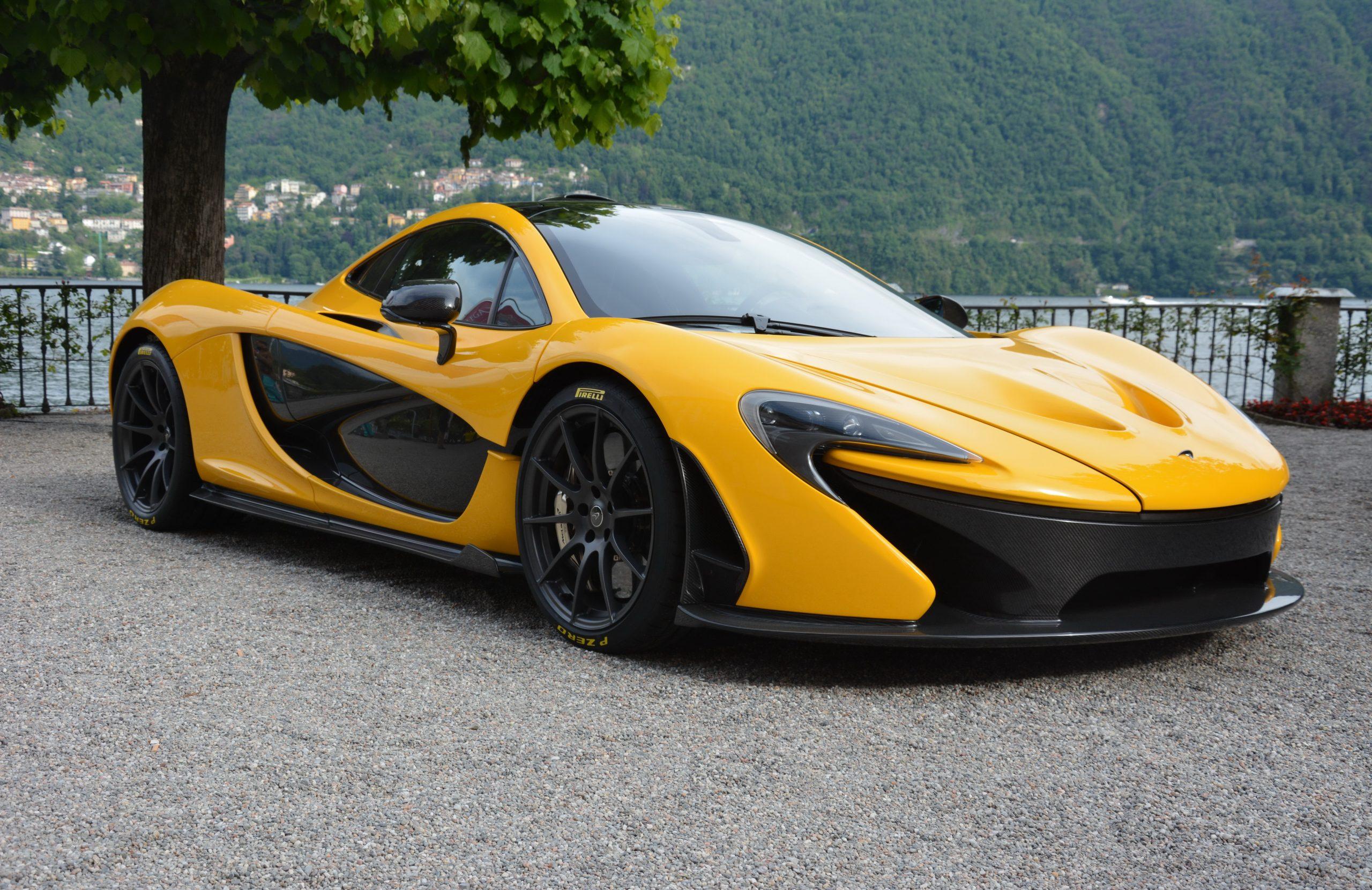 Спорткар McLaren