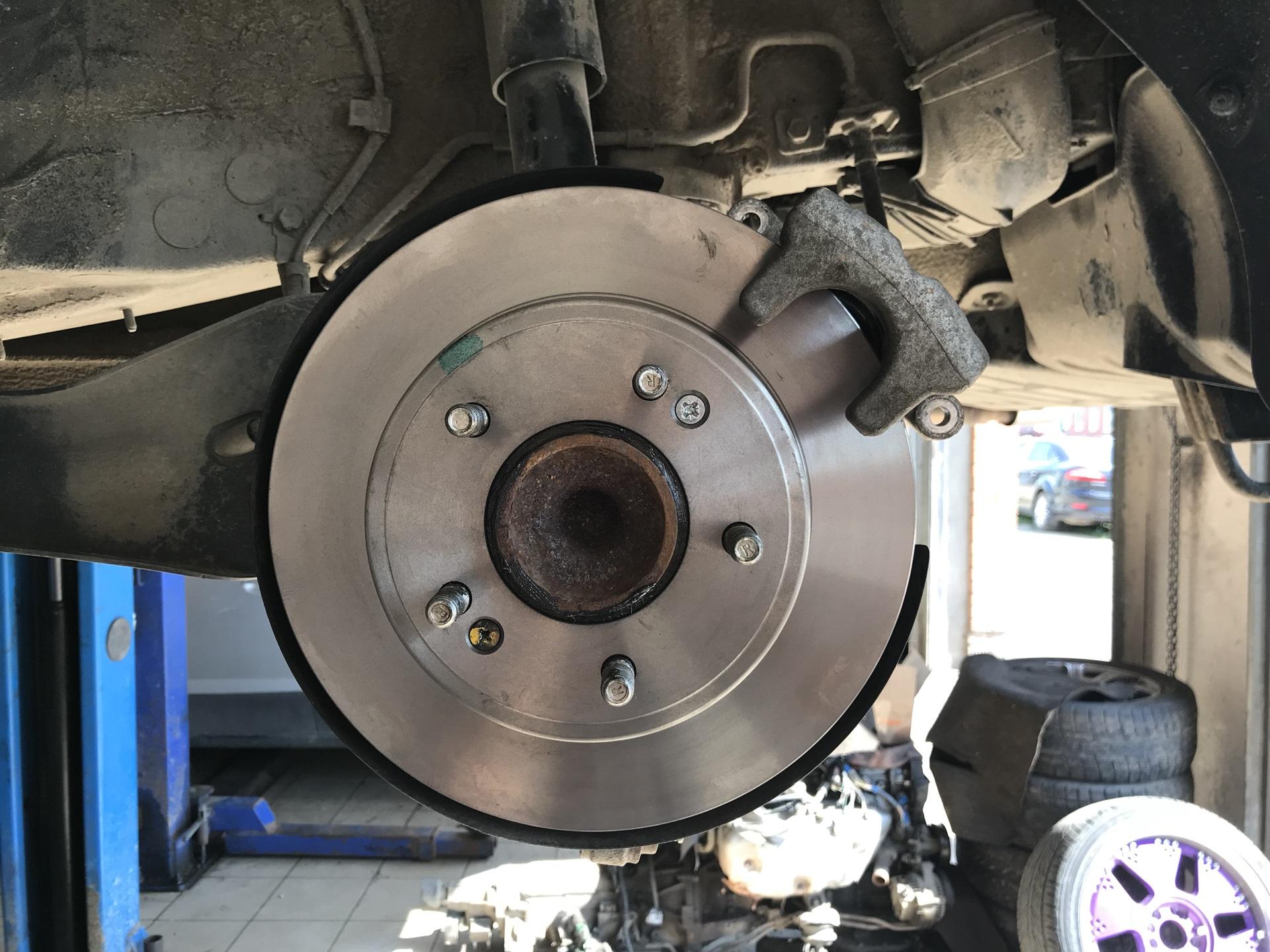 Стертый тормозной диск