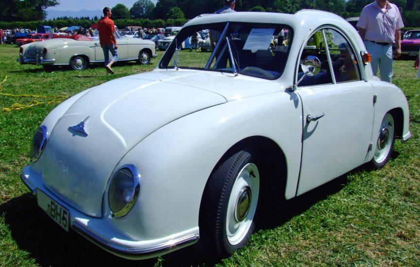 Автомобиль Champion 400