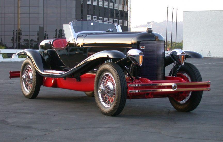 Автомобиль DuPont