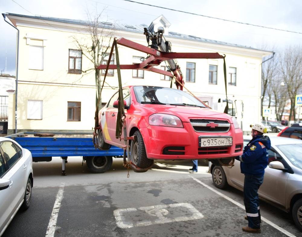 Эвакуация авто за неправильную парковку
