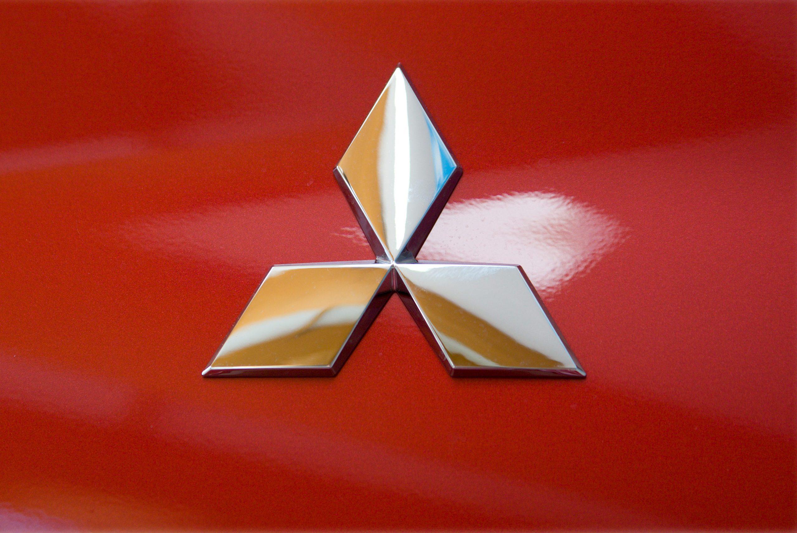 Логотип автомобилей Mitsubishi