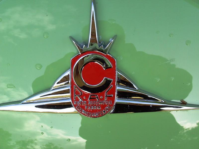 Логотип бренда Champion
