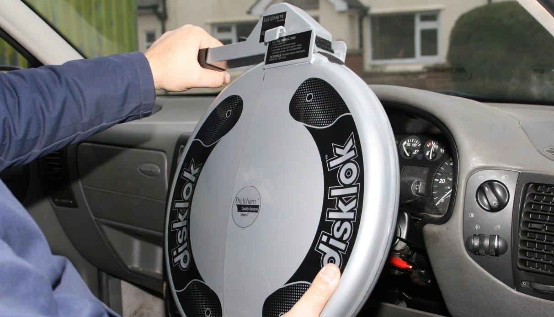 механическая защита автомобиля от угона рейтинг
