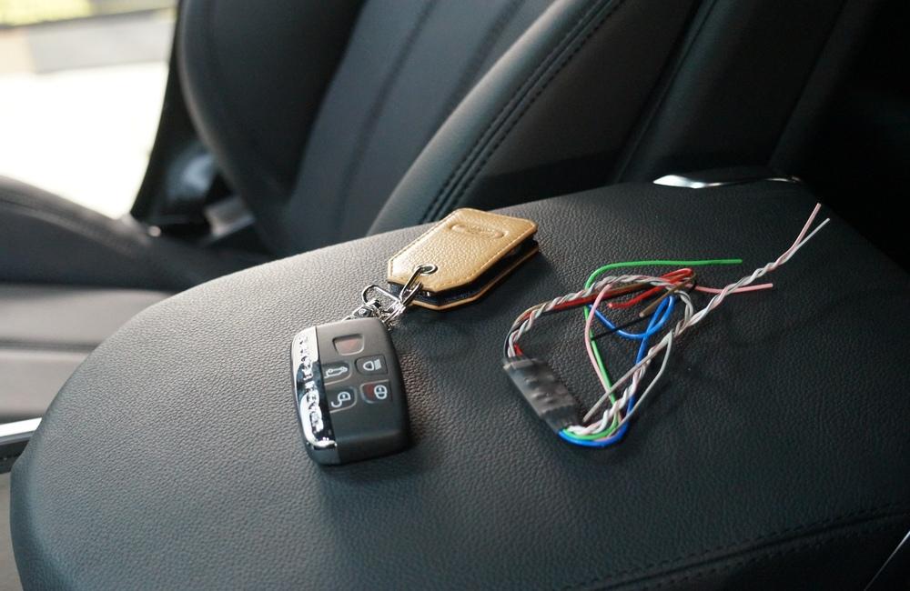 Стоимость услуги «Авторская защита автомобиля от угона»