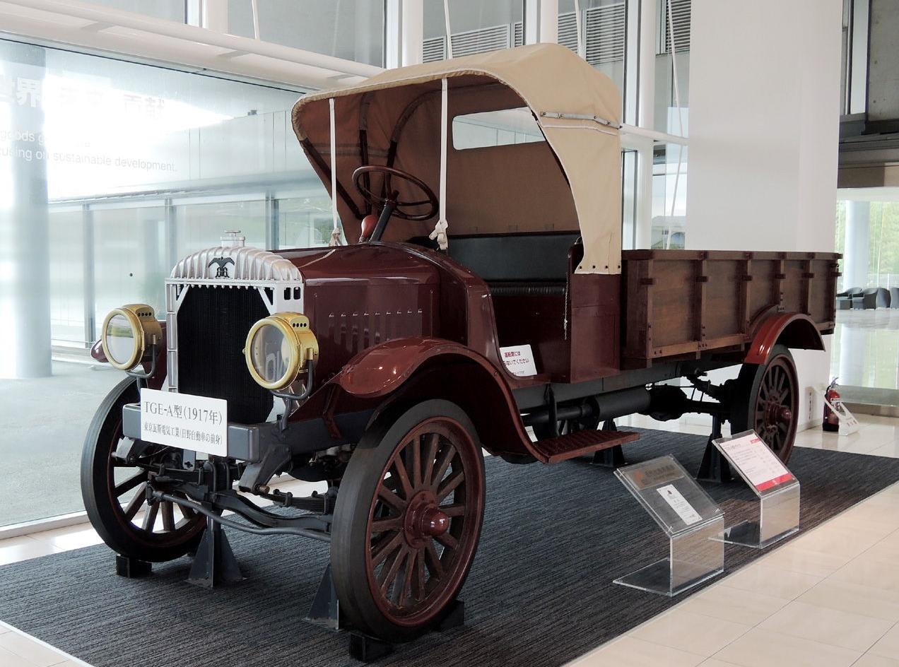 TGE A-Type (1917) - первый Hino