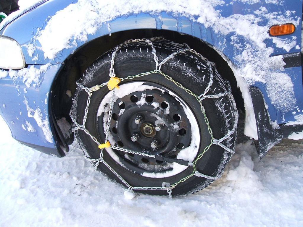 Грунтозацепы на колесе автомобиля