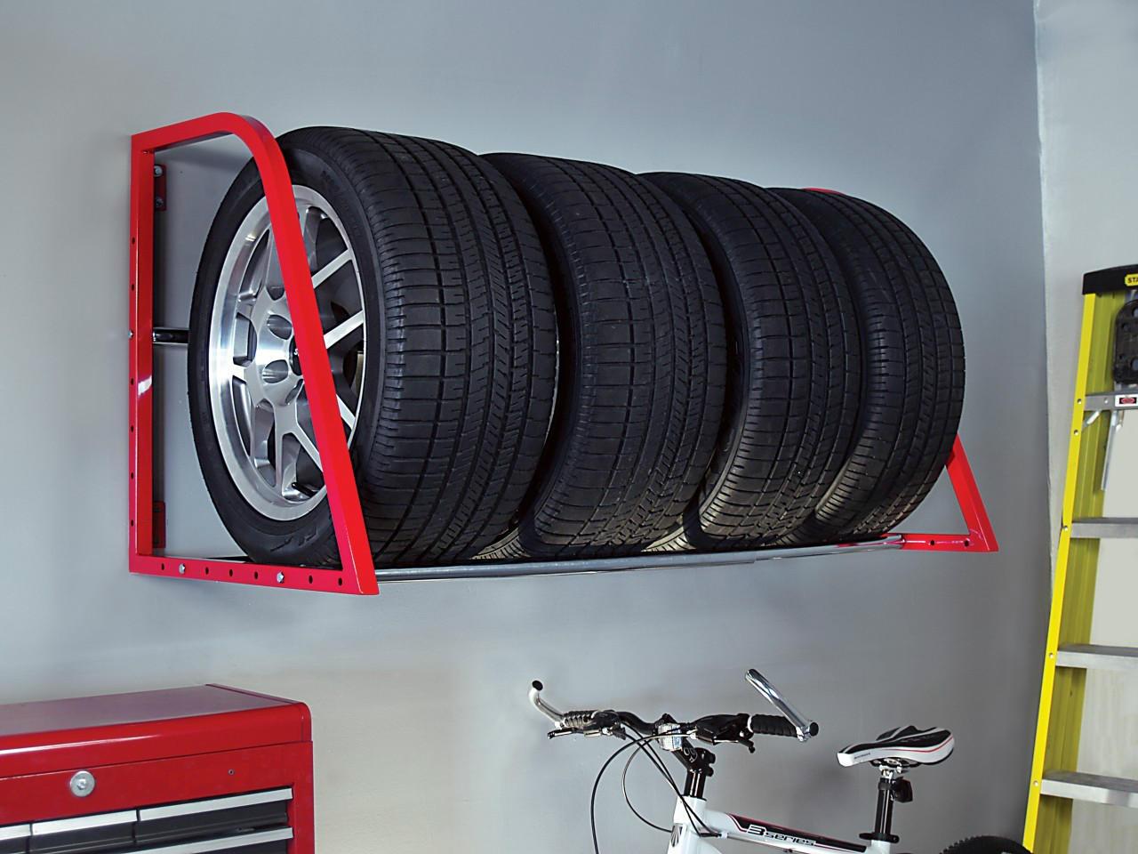 Хранение шин на полке