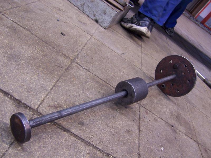 Механический обратный молоток своими руками