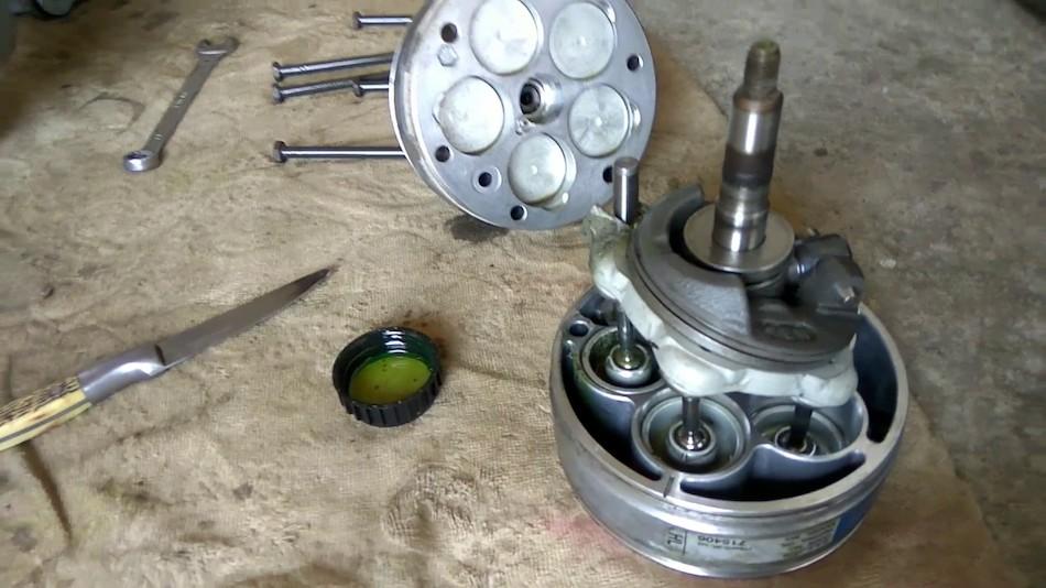 Устройство компрессора для автомобильного кондиционера