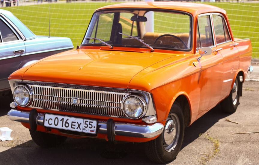 Автомобильная марка ИЖ - история создания и развития автомобильного бренда, логотип и модельный ряд