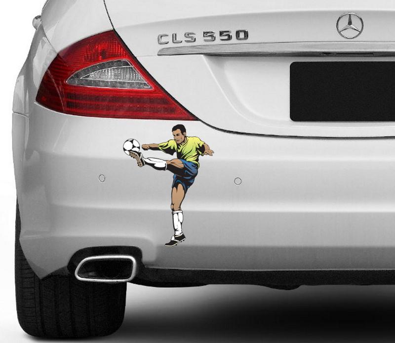 Наклейка футболиста на авто